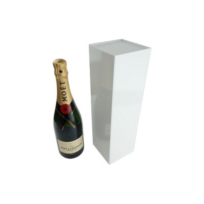 Wine Box with Magnet Closur